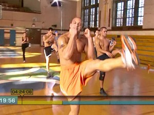 Insanity Max Cardio Conditioning-kick step back