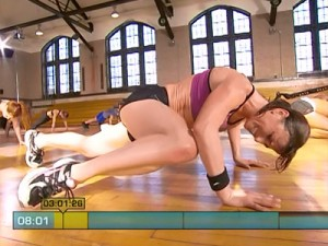Insanity Max Cardio Conditioning-pushup abs