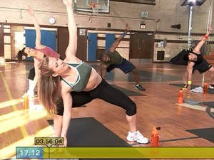 Insanity Max Recovery-plie side lunge