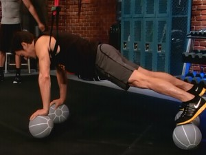 P90X2 Chest Back and Balance-4 ball pushup